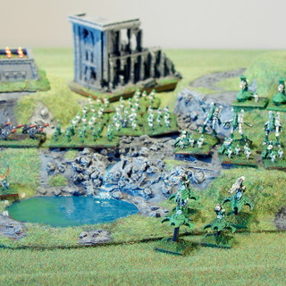 The hill fits all scales -- Epic Eldar army